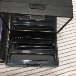 Urban Decay brow box in blondie
